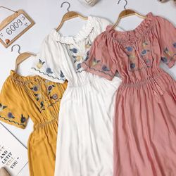 Đầm maxi bẹt vai thêu thổ cẩm giá sỉ