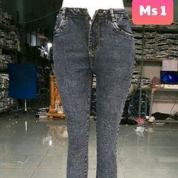 Xưởng may quần jean dài nữ thời trang giá rẻ giá sỉ