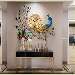 Đồng hồ treo tường trang trí con công 65x70cm