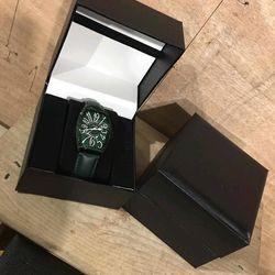 hộp đựng đồng hồ giá sỉ
