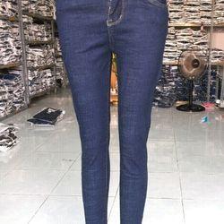 Xưởng may quần bò nữ thời trang giá sỉ
