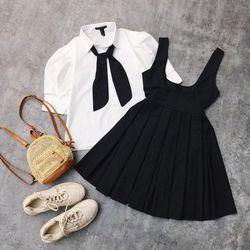 Set đầm đen xêp ly áo sơmi trắng nơ cổ tay tồi giá sỉ