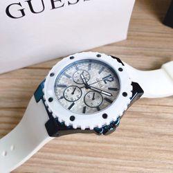 Đồng hồ nữ GUESSN giá sỉ