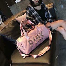 Túi du lịch pink kim sa giá sỉ