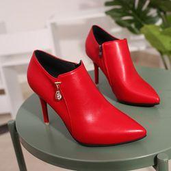Giày boot cổ thấp bít mũi dây kéo bên hông cá tính da mềm cao 7cm 105