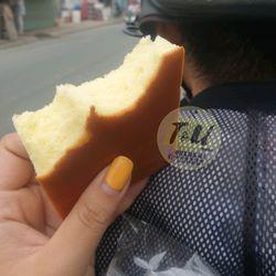 Bánh Bông Lan Mông Lép giá sỉ