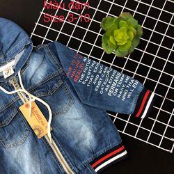 Áo khoác jean in chữ giá sỉ