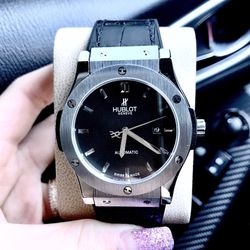 Đồng hồ nam Huplotm giá sỉ