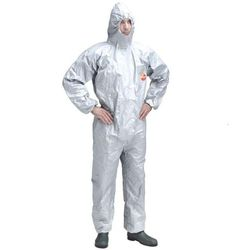 Cung cấp quần áo chống hóa chất DUPONT TYCHEM F tại TP HCM giá sỉ