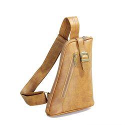 Túi đeo chéo CNT Unisex MQ24 Bò Lợt giá sỉ