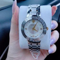 Đồng hồ nữ véacessk giá sỉ