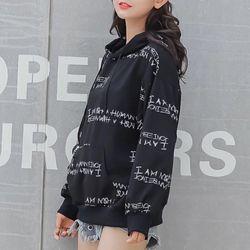 Áo hoodie nữ in chữ