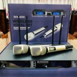 Mic không dây SKM9000 4 râu giá sỉ