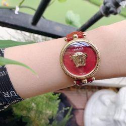 Đồng hồ nữ thời trang Versacee dây da mới