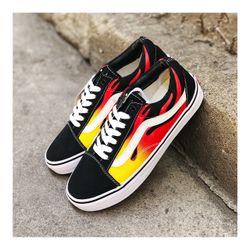 Giày sneaker cao cấp nam nữ giá sỉ, giá bán buôn