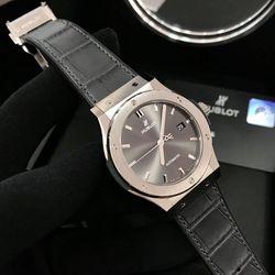 đồng hồ hblt nam xd chạy cơ tự động