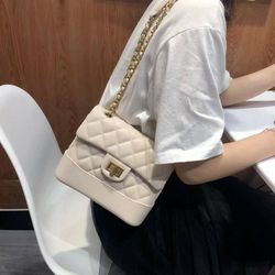 Túi cha nel khóa xoay - hàng Quảng Châu giá sỉ