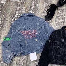 Áo khoác jean nữ thêu chữ thời trang chuyên sỉ jean 2kjean