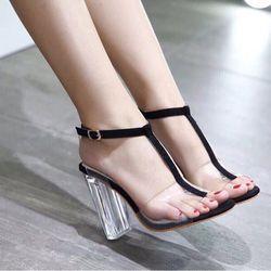 Giày sandal lưỡi gà hot hit giá sỉ