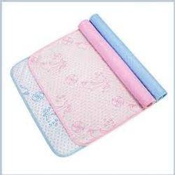 Lót chống thấm 4 lớp kích thước 5070 xanh và hồng giá sỉ