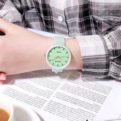 Đồng hồ nữ TAQIYA dây silicon dạ quang cao cấp phát sáng ban đêm