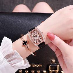 Đồng hồ nữ DZG dây da cao cấp mặt bầu đính đá sang trọng mẫu mới hot thời thượng giá sỉ