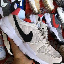 lô giày thể thao nam nữ giá sỉ giá bán buôn giá sỉ