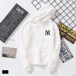 áo khoát nữ trắng in chữ new yort siêu chất giá sỉ