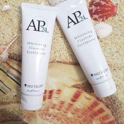 Kem đánh trắng răng NUSKIN AP24 - Whitening Fluoride Toothpaste giá sỉ