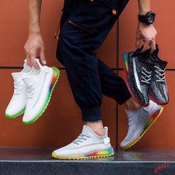 Giày dép thể thao nam nữ sỉ giá tổng kho