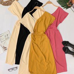 Đầm xoắn eo phối màu giá sỉ, giá bán buôn