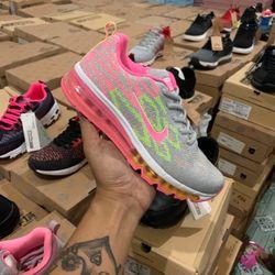 Giày thể thao nữ tách lô 50 đôi