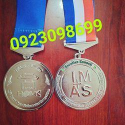 nơi bán huy chương cung cấp huy chương bóng đá làm huy chương đúc sản xuấ huy chương quà tặng giá sỉ