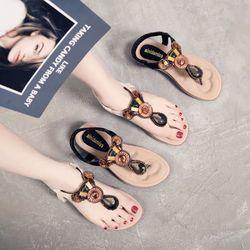 Giày sandal đính ngọc mẫu mới siêu xinh giá sỉ