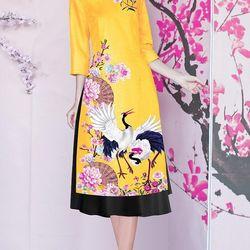 Set áo dài cách tân tơ nhung nền vàng in chim hạc