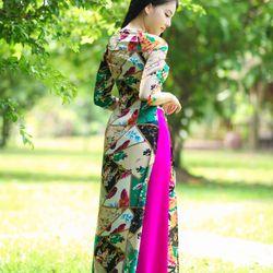 Áo dài truyền thống lụa họa tiết hình học giá sỉ, giá bán buôn