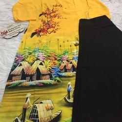 Set áo dài cách tân tơ nhung nền vàng in cảnh làng quê giá sỉ, giá bán buôn