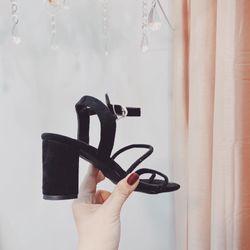 Sandal dây tơ tằm xỏ ngón gót cao 7f giá sỉ, giá bán buôn