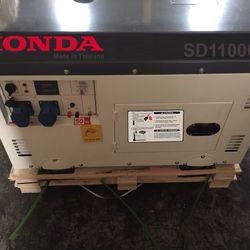 Thanh lý gấp Máy Phát điện Honda 10kva chạy dầu chống ồn giá sỉ