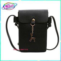 Túi đeo chéo nữ thời trang dọc nắp hình nắp khoen ngựa TI20 Shalla giá sỉ