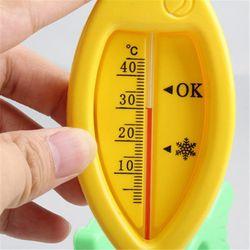Nhiệt kế đo nhiệt độ nước cho bé hình cá giá sỉ
