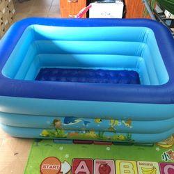 Bể bơi 3 tầng hình chữ nhật 1m5 cho bé giá sỉ