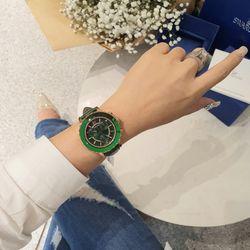 Đồng hồ swa da cao cấp giá sỉ, giá bán buôn