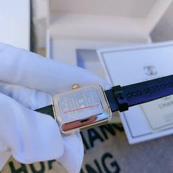 Đồng hồ dây da cao cấp giá sỉ, giá bán buôn