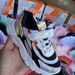 Giày tách lô 0032 giá sỉ, giá bán buôn