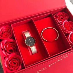 Set đồng hồ D W Cuff hoa hồng giá sỉ