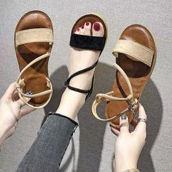 Giày sandal bản ngang giá sỉ