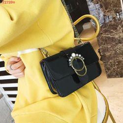 Túi xách nữ da xinh - Túi đeo chéo khóa khuy đá giá sỉ