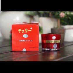 Kem dưỡng trắng da Hoa Anh Đào đến từ Nhật Bản giá sỉ