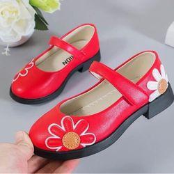 Giày búp bê thêu hoa cao gót xinh lung linh giá sỉ